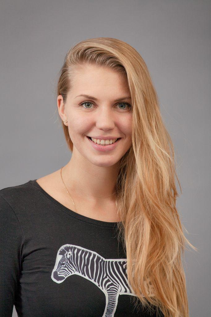 Simona Česáková